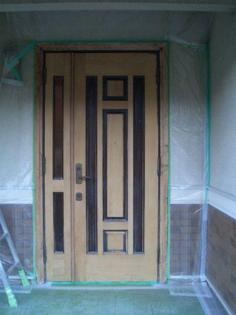 08-11  玄関ドア塗装